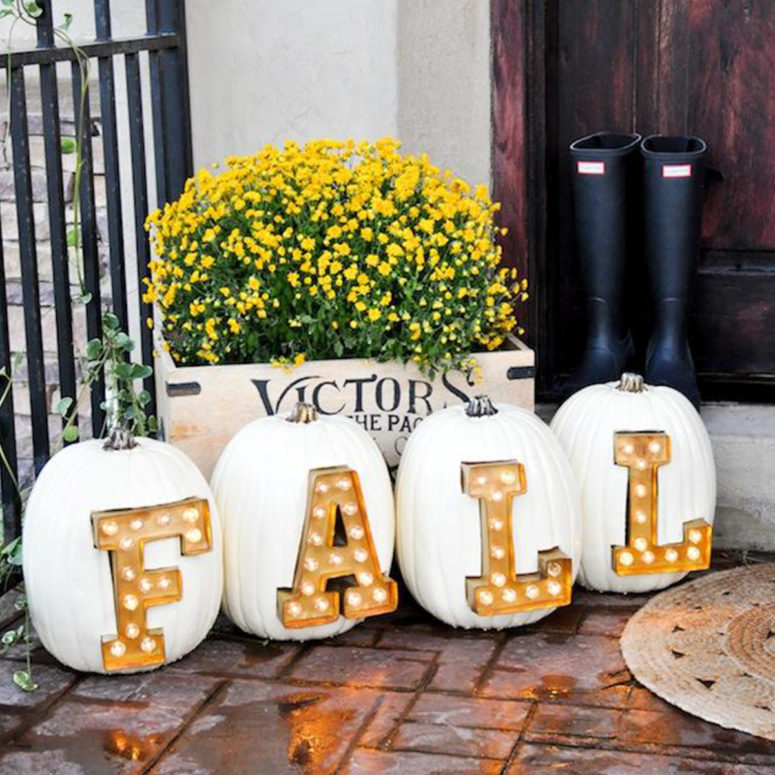 This is how you can take pumpkin and lights decor to the next level.