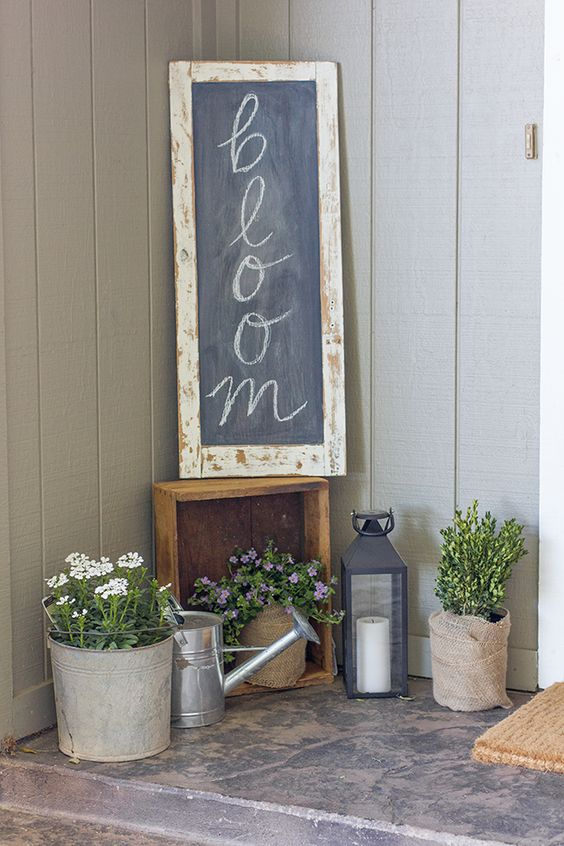 a simple chalkboard sign in a shabby chic frame can be styled and restyled for any season you need