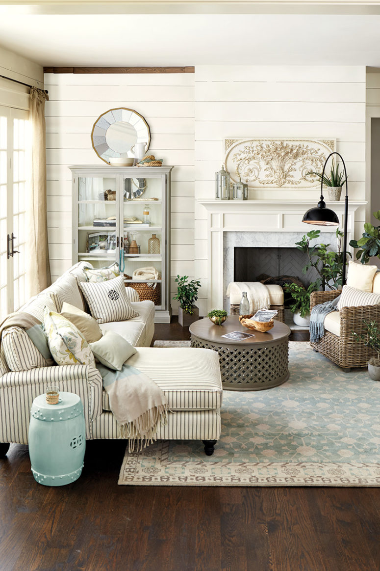 Living Room Interior Design: 45 Comfy Farmhouse Living Room Designs To Steal