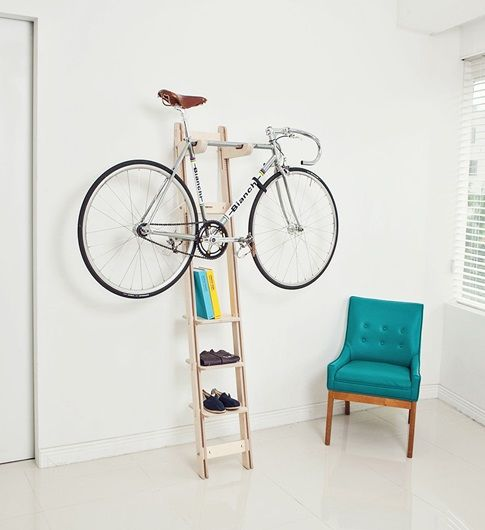 a comfortable and lightweight bike holder with addiiotnal storage and a bike on top is a great idea to store your piece anywhere
