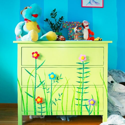 Make it colroful and bright to fit a kid's room perfectly. (via @martina.ek)