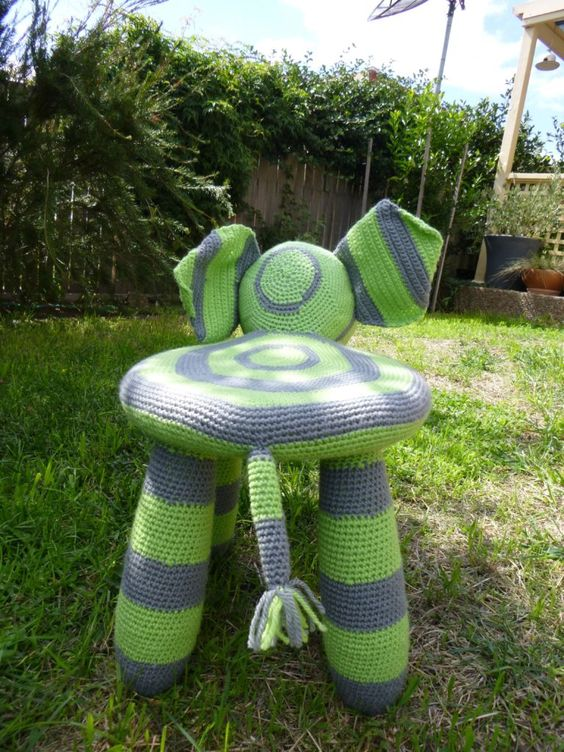 CROCHET ANIMAL STEP STOOLS - Hello Wonderful | 752x564