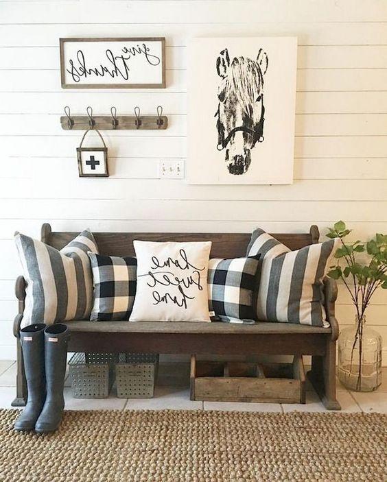 52 Cozy And Simple Farmhouse Entryway Decor Ideas Digsdigs