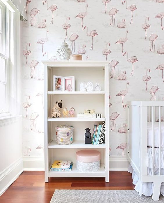 an open storage unit next to the kid's bed is a stylish idea that provides not much storage space but still