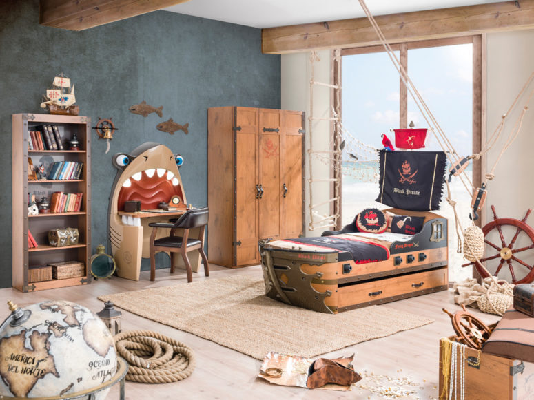 A personal pirate ship is a dream of any boy. (Turbo Beds)