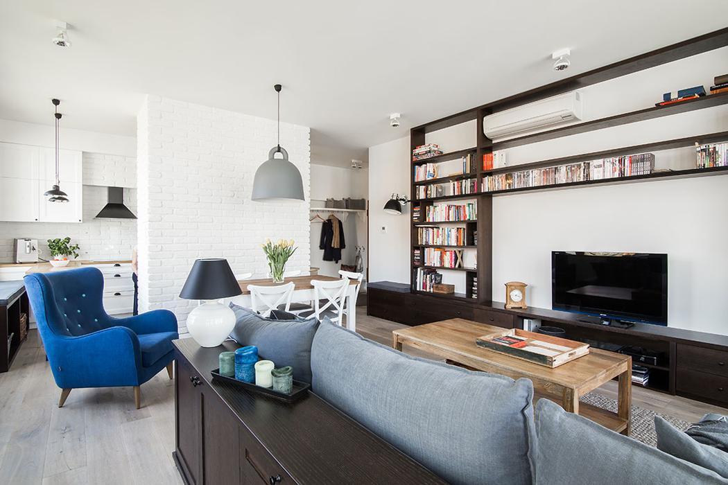 This aparment mixes Scandinavian, minimalist styles with Provence touches