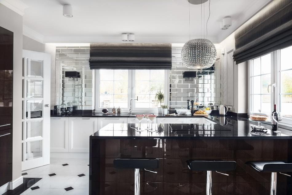 This Art Deco Kitchen With Glam Touches Remind Us Of The Chic And Elegant Es