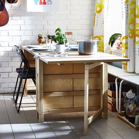 Norden Gateleg Table Is Perfect For Storage