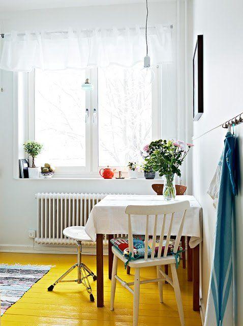 yellow kitchen floor to add a sunshine feeling