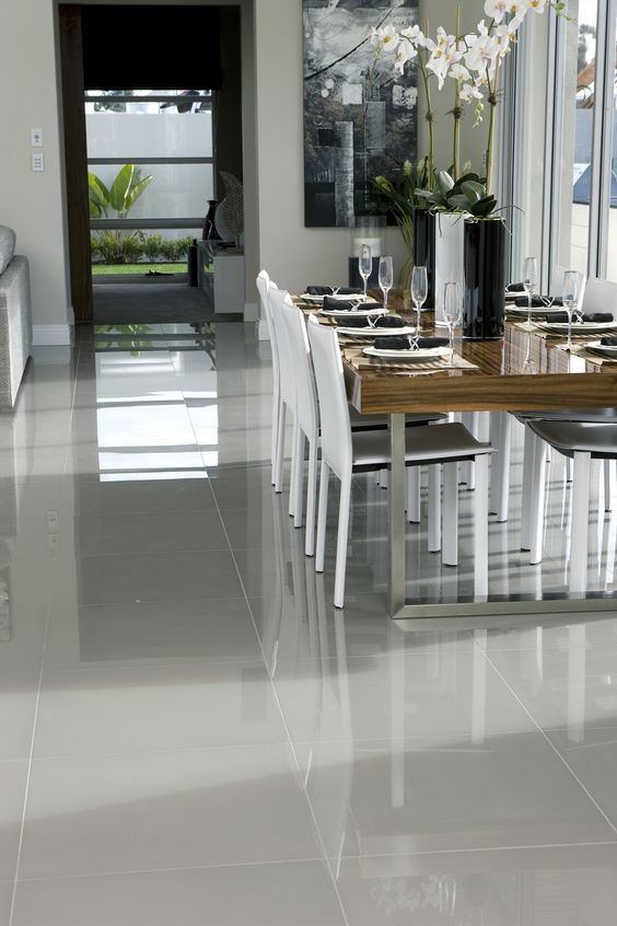 10 oversized sleek glossy tiles