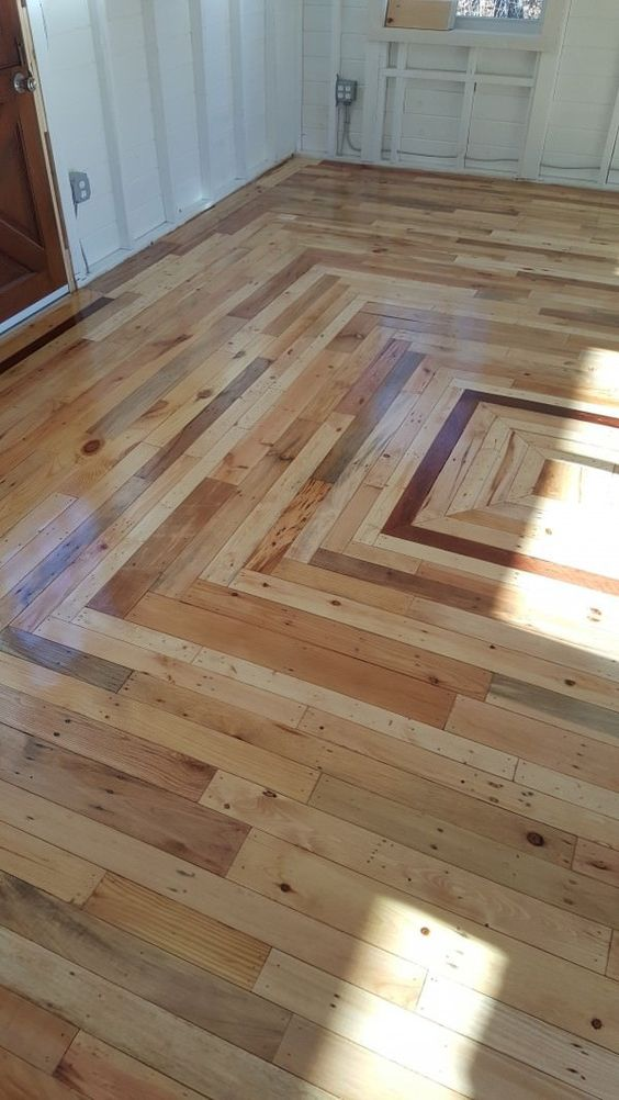 pallet floors clad with a geo pattern