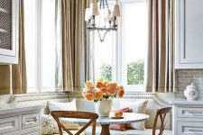 26 cozy and warm traditional breakfast nook