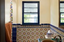 bathroom border tiles