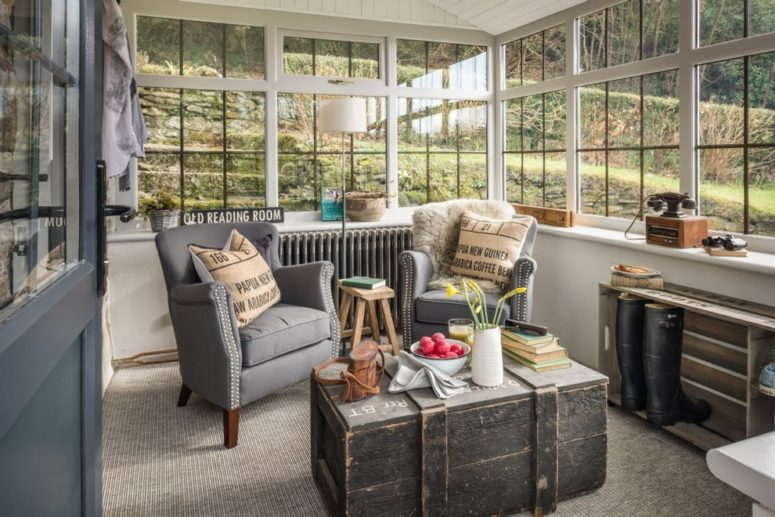 gray carpet in a sunroom won't become dirty too soon (Unique Home Stays)