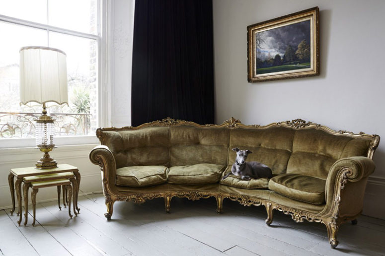 Every room can boast of stunning and refined furniture like this upholstered gold sofa