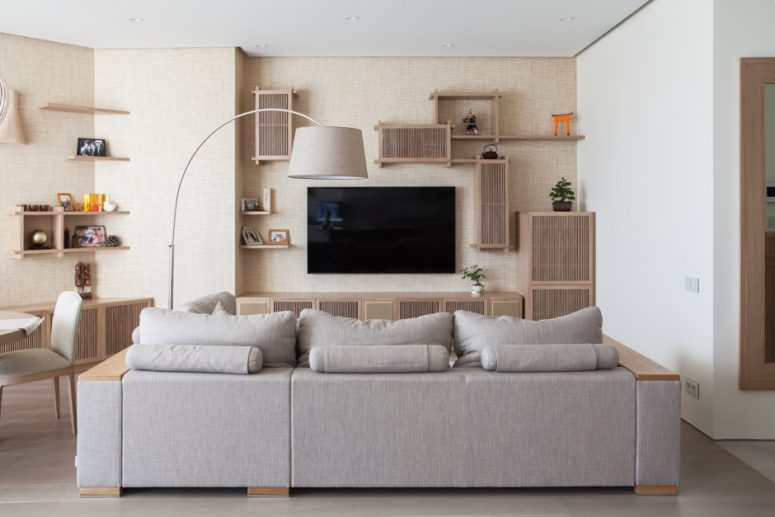 Japanese minimalist apartment in neutral shades digsdigs for Minimalist living japan