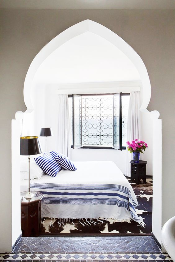 pretty archway for a coastal bedroom