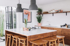 06 Natural wood was extensilvely used in home decor to make it look cozier and more exotic