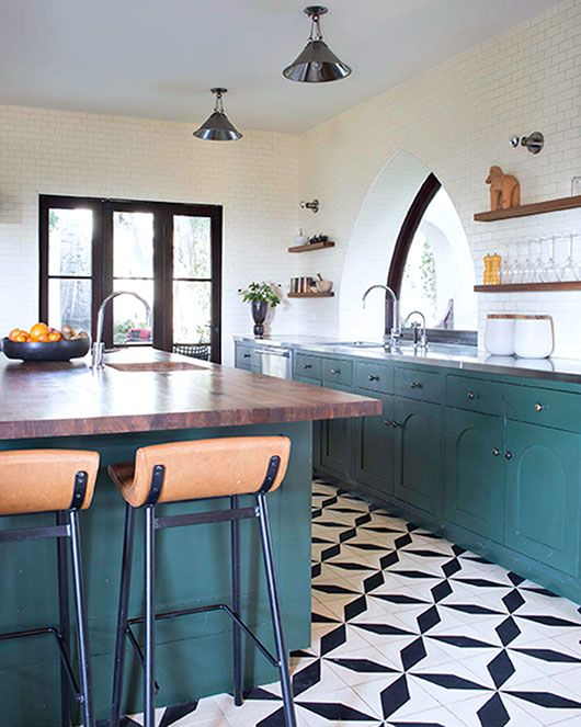 black and white patterned tile make the whole kitchen decor - White Tile Floors In Kitchen