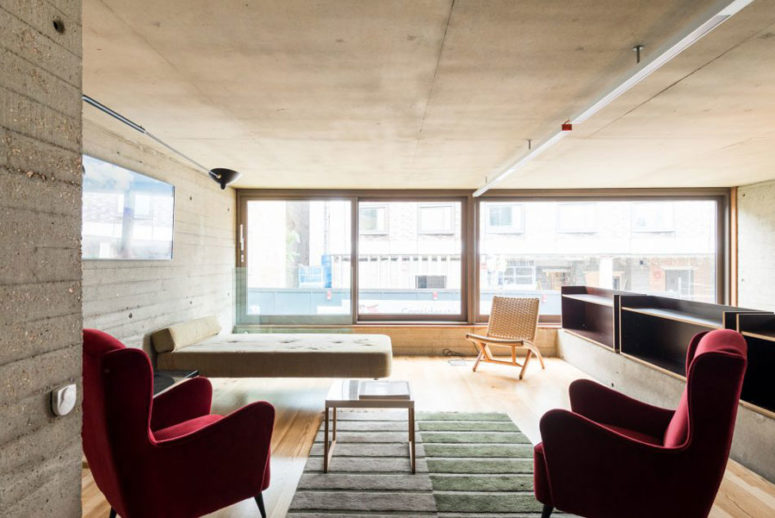 The living space is small, nothing here distracts attention from the views