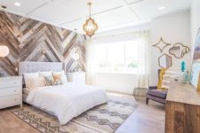 10 reclaimed barnwood in a diagonal pattern and a oordinating rug