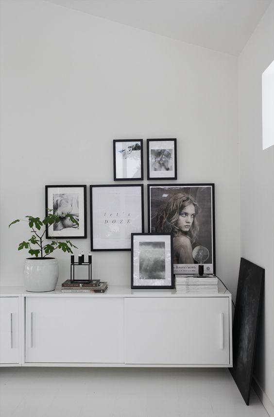Minimal Bedroom Storage