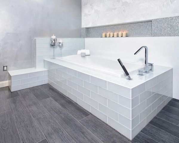 grey wood patterned vinyl floors to match a modern bathroom - Bathroom Vinyl Flooring