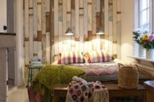 18 shabby pallet wall for a boho chic bedroom