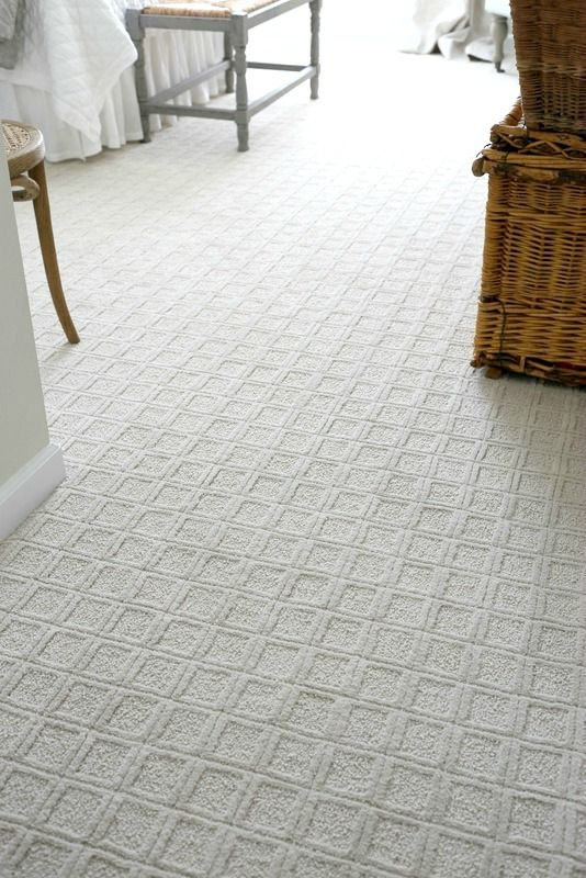 square patterned white carpet floor for a bedroom