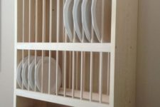23 wall-mounted dish cabinet to save some kitchen space