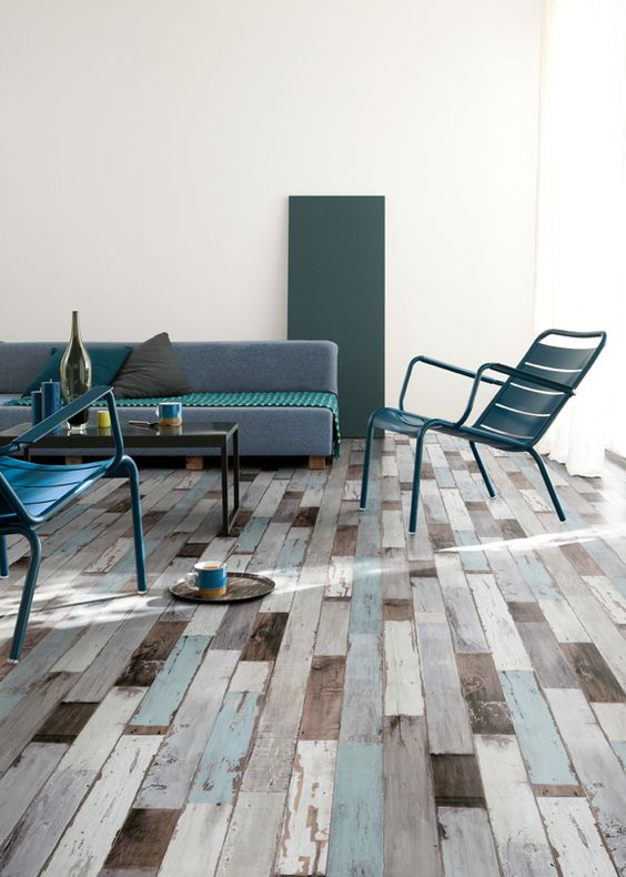 ocean-inspired vinyl planks for a seaside home