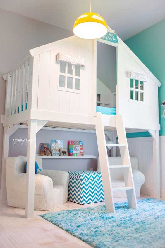 play house in the room