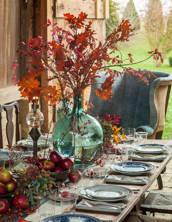 fall leaves, apples, berries for decor, chinoiserie