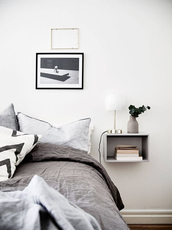 minimalist nightstand shelf to highlight the modern decor