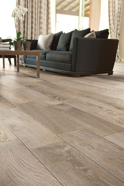 Porcelain Tiles That Look Like Wood For A Living Room