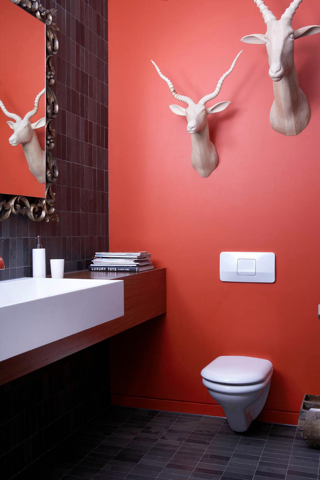 Even faux antelope heads could be an interesting touch to a bathroom's decor.