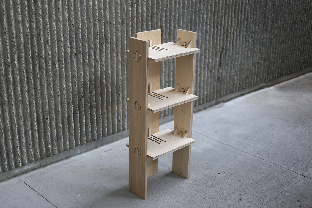 There are benches, chairs, stools and even a shelf made with such joineries
