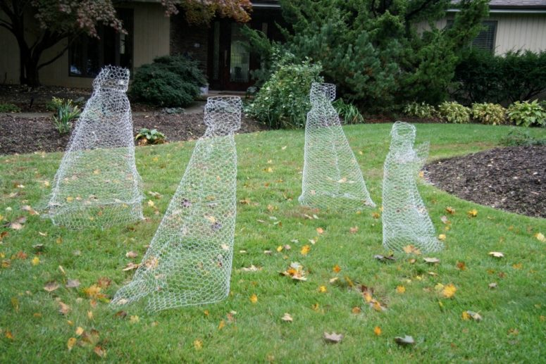 chicken wire ghosts will look scarily real in the dark