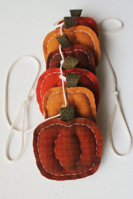 felt pumpkin garland