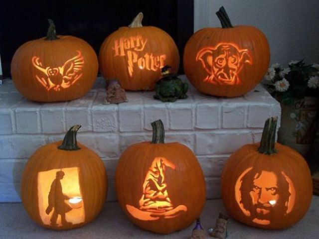 Harry Potter group pumpkin carving
