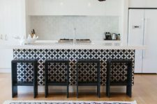 17 play with colors and textures like here – a patterned kitchen island and crochet lampshades