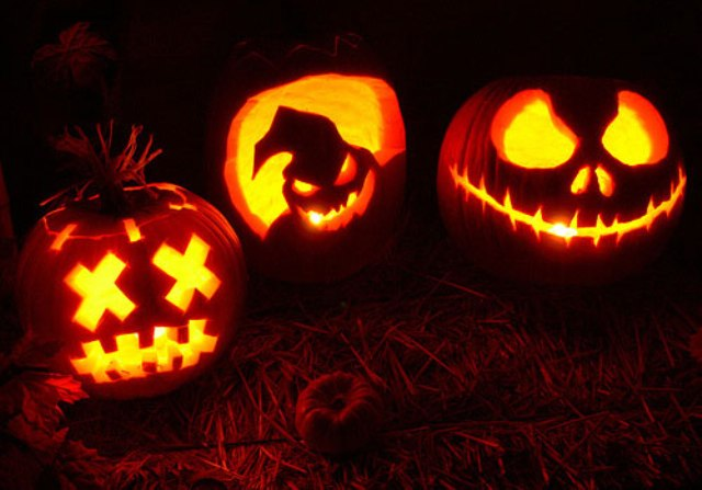 jack-o-lantern ideas with various scary faces