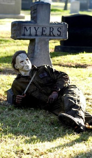 this Myers figure and tombstone will freak out anyone
