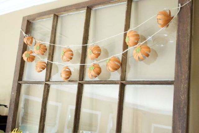 volume paper pumpkin garlands