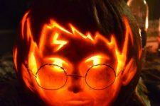 20 Harry Potter face with a scar and glasses pumpkin carving