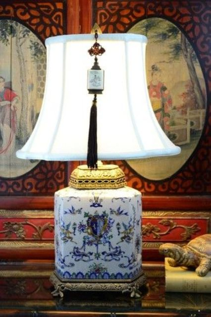 chinoiserie lamp with a tassel