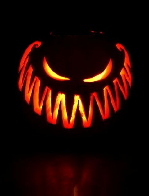 scary pumpkin jack-o-lantern for classic Halloween decor