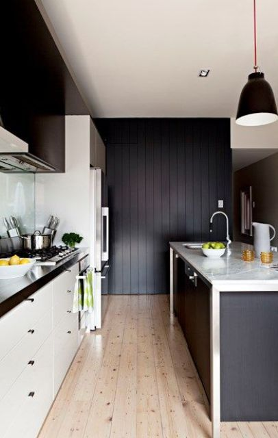 even a small kitchen can be decorated in this scheme, just don't be excessive with black
