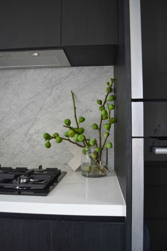 fig branches as an alternative to flowers are great for a kitchen