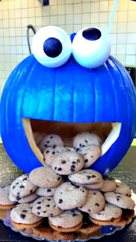 blue cookie monster pumpkin will make your kids happy